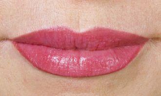 Lippenfarbauffrischung