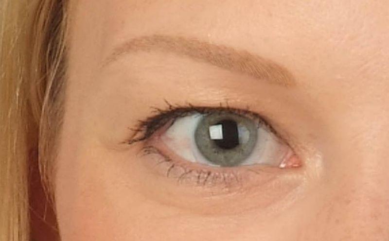 Nach der zweiten Augenbrauenbehandlung